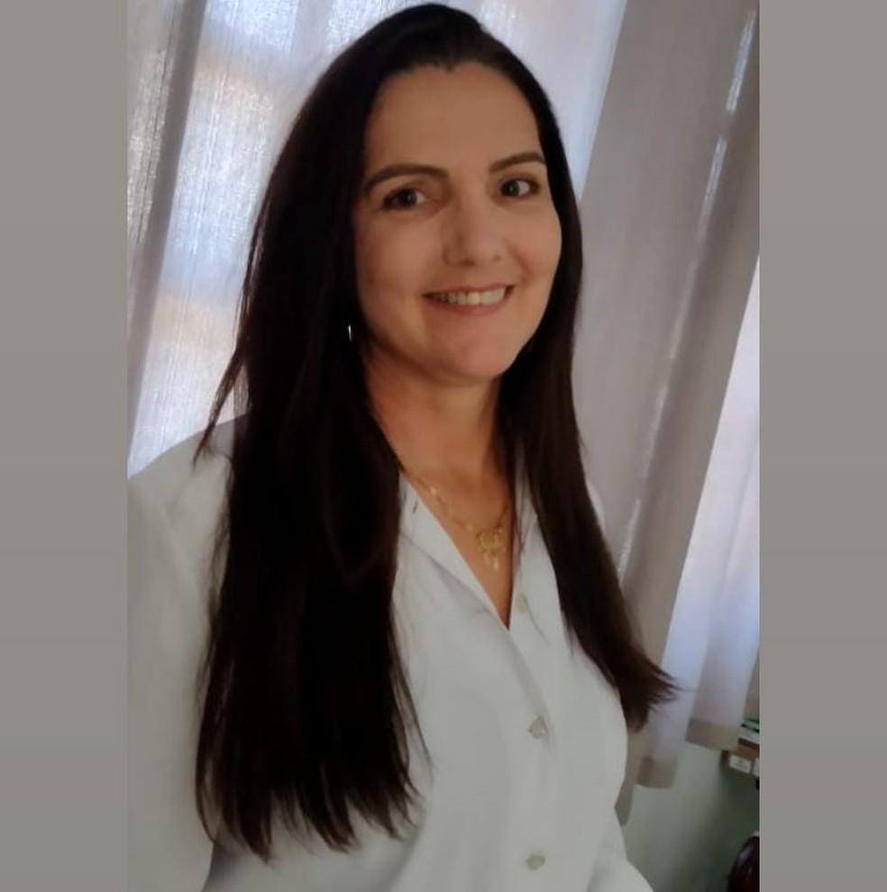 Mulher morre atacada por pitbulls ao visitar namorado em chácara no interior de SP